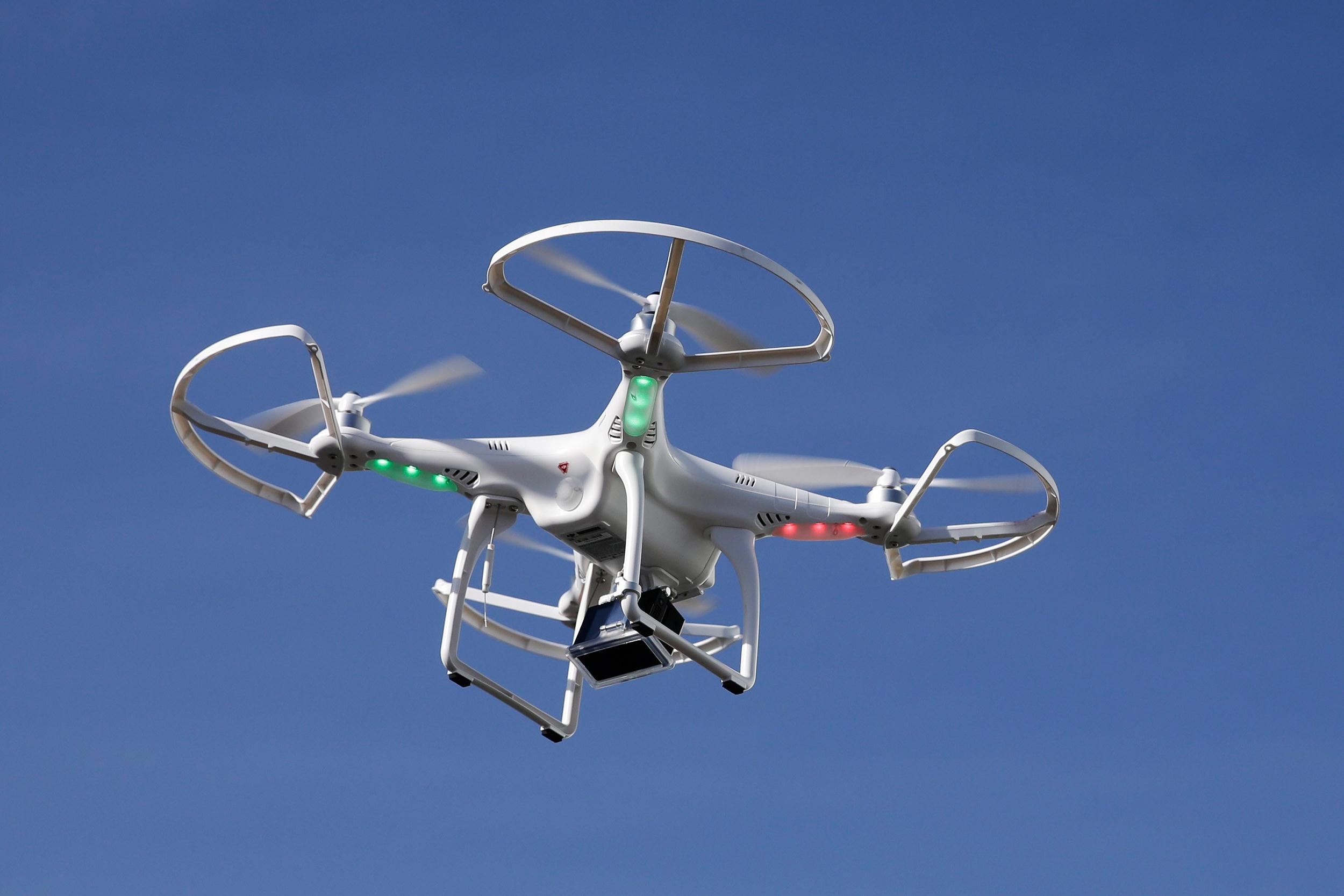 Un total de 1.750 empresas se han registrado ya para operar drones en espana